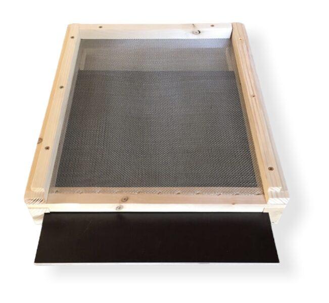 Zander Beehive floor